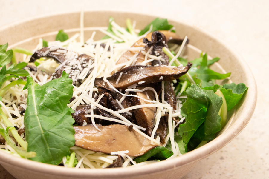 salad with cheese and mushrooms